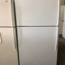 White Whirlpool Top&Bottom Refrigerator